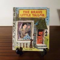 """Vintage 1976 version of Brother Grimm's """"The Brave Little Tailor"""" - A little Golden Book / Retro Fairy Tale / Golden Press Library"""