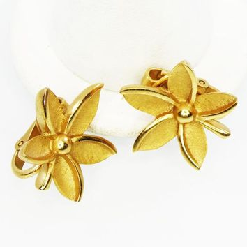 Brushed Gold Tone Flower Earrings, Signed Trifari Five Petal Flowers, Clip on Earrings, Vintage 1950's 1960's, Mid Century Classic Jewelry