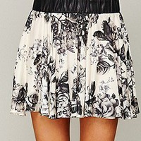 Free People  Clothing Boutique > Willow Rose Silk Mini Skirt