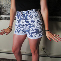 Vintage Blue and White Floral Pattern Hawaiian Pattern Denim High Waisted Jean Shorts