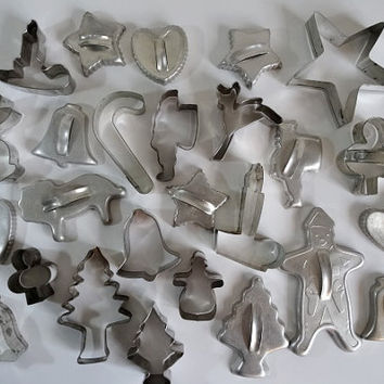 27 Tin Cookie Cutters Christmas & More Gingerbread Man Santa Tree Lion ++