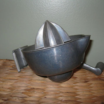 Vintage 1950s Wall Mount Juicer / Mid Century Kitchen Decor / Metal Citrus Juicer