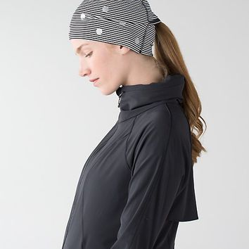 run and done toque *reflective | women's headwear & scarves | lululemon athletica