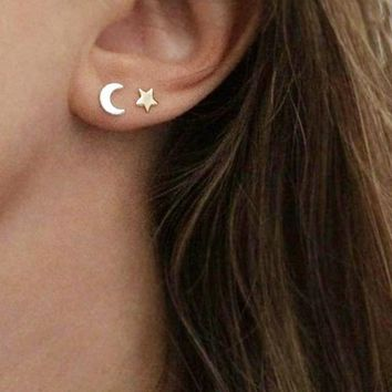 Fine Lovely Silver Stainless Steel Animal Heart Star Moon Stud Earrings for Women Kore