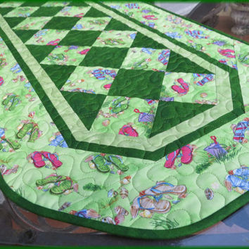 Quilted Flip Flop Table Runner Green 705