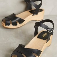 Swedish Hasbeens Suzanne Debutant Clogs in Black Size: