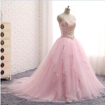 Spaghetti Strap Pink Quinceanera Dresses Ball Gowns Floor Length Tulle With Beaded Vestidos De 15 An