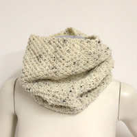 White Knit Snood Scarf, Tweed Wool Cowl, Knit Neck Warmer, Wool Infinity Scarf, White Winter Scarf, Wool Eternity Scarf, Chunky Knit Cowl