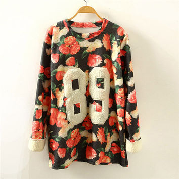 "Black Floral ""89"" Printed Sweatshirt"