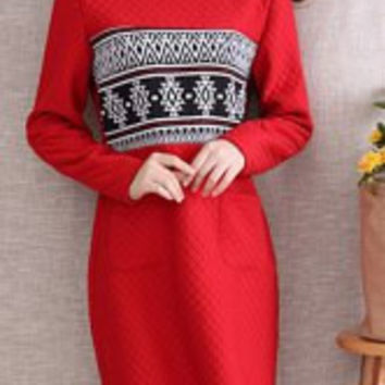 Ethnic Jewel Neck Long Sleeves Quilted Dress For Women