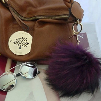 XXL Purple / Blue marine / Black / White / Pink Fluffy Raccoon Fur Big Pom Pom Ball Keyring keychain Bag Purse Charm with Gold Ring