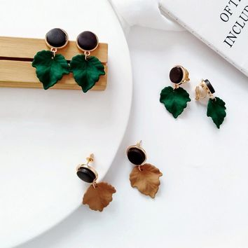 Leaf Dangle Earrings - Maple Wood Earrings
