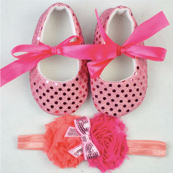 Newborn Girl's Bling Bling First Walkers With Bows and Matching Headbands