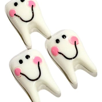 Cute smiling tooth resin cabochon 30x20mm / 1-5 pieces