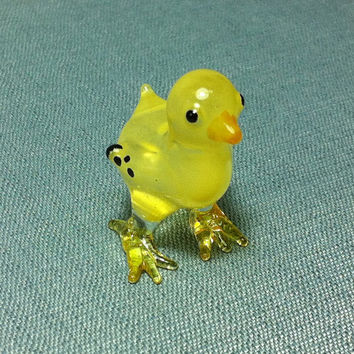 Hand Blown Glass Funny Chick Hen Baby Chicken Animal Cute Yellow Black Figurine Statue Decoration Collectible Small Craft Hand Painted Bird