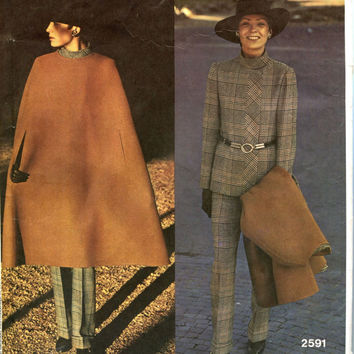 1970s CAPE PATTERN PANTSUIT Flared Cape Jacket & Pants Patterns Vogue 2591 Couturier Design Size 12 Bust 34 UNCuT Womens Sewing Patterns