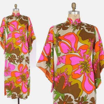 Vintage 60s HAWAIIAN DRESS / 1960s Bright Tropical Floral Print Pointed Sleeve Maxi Caftan Dress L
