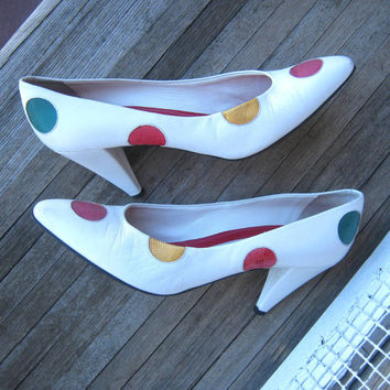 Retro 1950s Style Polka Dot Pumps - '80s White Heels with Multicolored Polka Dots - Leather Polka Dot Pumps; 7 1/2 Narrow - Sassy Heels