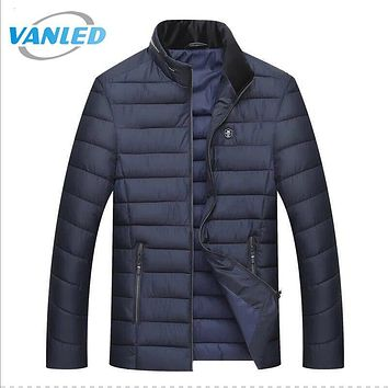 2017 Brand Clothing High Quality Winter Jacket Men Stand Collar Warm Thick Quilted Jackets Zipper Up Parkas Men Coat Plus Size