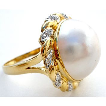14K Yellow Gold Mabe Pearl & Diamond Ring Vintage