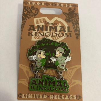 Disney Parks Animal Kingdom 20th Anniversary Mickey & Minnie Pin New with Card