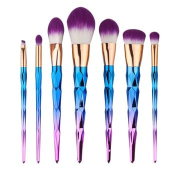 Unicorn Horn Ombre Makeup Brush Set in Purple and Pink