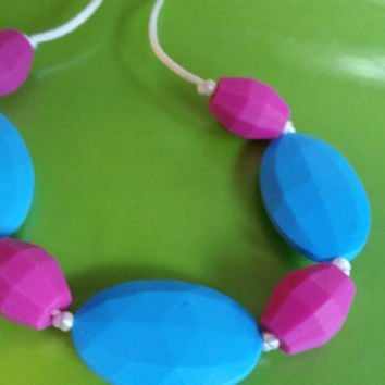 sensory chew necklace autism, anxiety, ADHD. Add, apraxia