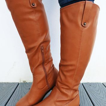 Happy Trails Boots: Camel