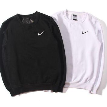 women nike round neck top pullover sweater sweatshirt