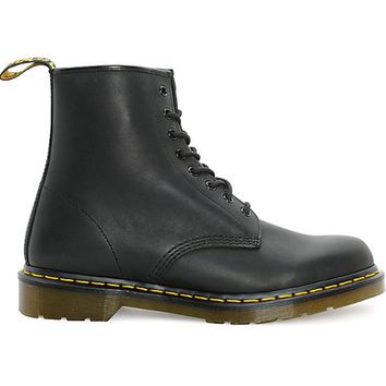 Dr. Martens 1460 - Greasy Black Boot