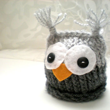 Baby Owl Hat Knitted in Gray for Newborn for Boy by GrandmaBeehive