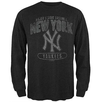 New York Yankees - Logo Scrum Premium Long Sleeve T-Shirt
