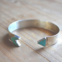 turquoise inlay arrow cuff // vintage navajo // native american