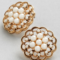 ModCloth Vintage Inspired Lustrous Clusters Earrings