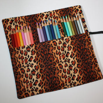 Artists Pencil Roll-Up Case Leopard Print for Pencils, Markers, Sharpies, Art Supplies Case