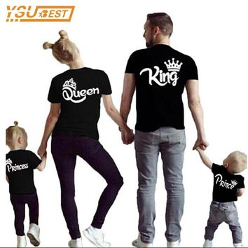 Cool Family Matching Outfits New 2017 Summer Matching Father Mother Daughter Son Clothes Cotton Short Sleeve T-shirt King QueenAT_93_12