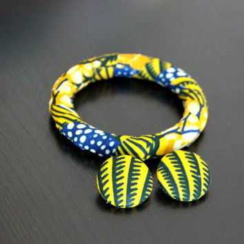 African Fabric-Covered Earring and Bangle Set - Blue and Yellow Seashell