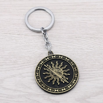 Julie 10Pcs/lot 2 Colors Game of thrones House Martell Sun Model Keychains Song Of Ice And Fire Key Chain Chaveiro porte clef