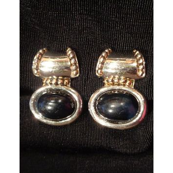 Silver Earrings With Black Stone