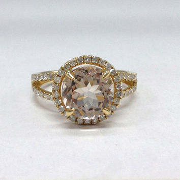 Morganite Diamond Ring in 14K Yellow Gold!8mm Round Cut Morganite Halo Diamond Engagement Ring,Claw Prongs,Split Shank,Wedding Bridal Ring
