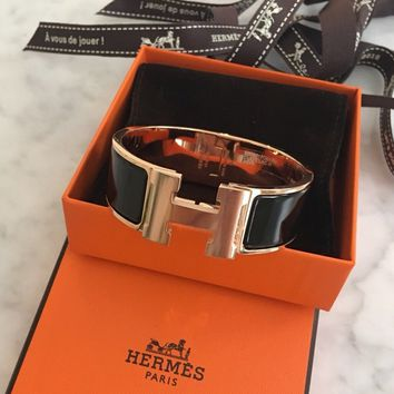 NEW HERMÈS Clic Clac H Wide - Black, Rose Gold Plated PM (small)