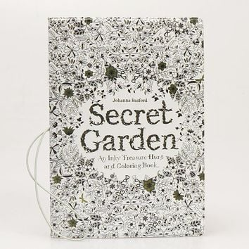 Garden Secret Pattern Fashion Passport Covers Travel Card Package Multi Functional Documents Folder