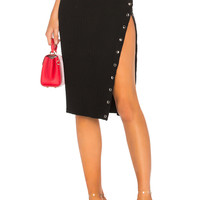by the way. Kristy Ribbed Snap Skirt in Black