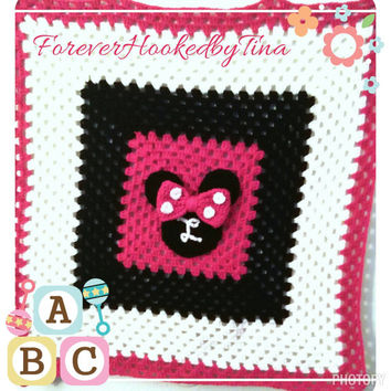 "Personalized Mouse with baby initial. Banket, baby shower gift, Throw, Baby Blanket, Afghan 32"" x32"""