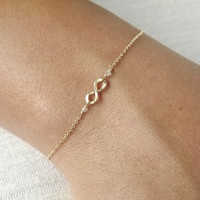 Hammered Gold Filled or Sterling Infinity Bracelet - Infinity Bracelet - Everyday Bracelet - Bridesmaid Bracelet