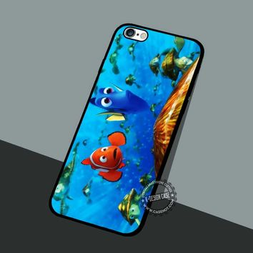 Dory And Nemo's Friend - iPhone 7 6 5 SE Cases & Covers #cartoon #animated #FindingNemo