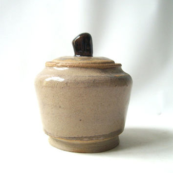 vintage pottery jar with lid 1980's handmade handcrafted container decorative home decor retro modern rustic neutral natural tan brown fini