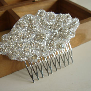Cynzia Victorian Style Statement Crystal Bridal Hair Comb. Flower Crystal Hair Comb. Crystal and Lace. Vintage Inspired Hair Comb