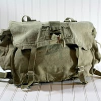 Vintage Canvas Messenger Bag / Vintage Military by HuntandFound