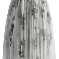 Rose Bouquet Pleated Tulle Skirt in Beige